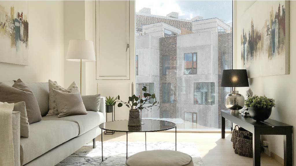 Virker boligstyling? Forskellen er slående. En møbleret og flot stylet bolig sælger meget bedre end tomme rum, der kan forekomme triste og kolde. Her ses en Full Styling fra inboligstyling.dk
